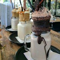 Sama Sehatnya, Apa Beda Smoothie dan Milkshake?