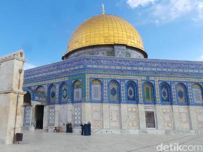 5 Hal tentang Masjid Al-Aqsa, Tempat Kiblat Pertama Umat Muslim
