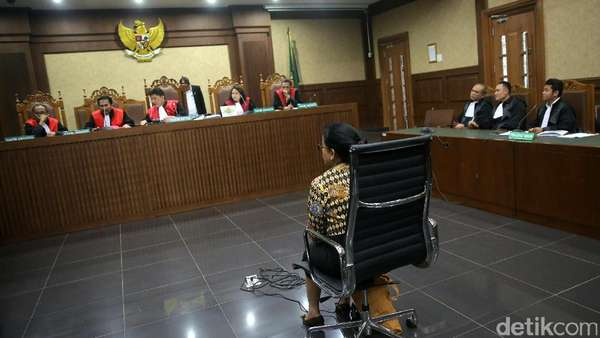 Saksi Anton: Yang Bayar Pengacara Miryam Adalah Markus Nari
