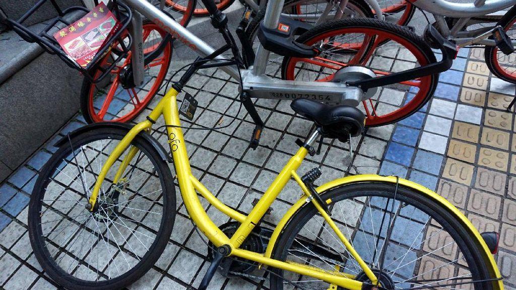 Maling Berbudi Pekerti Kembalikan Sepeda Plus Hadiah