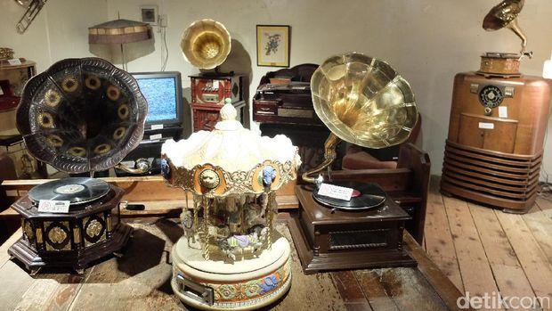 Aneka koleksi Museum Kotak Musik (Baban/detikTravel)