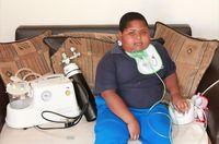 Alami Penyakit Obsesi Makan, Anak Ini Bisa Makan Tisu hingga Kotoran di Lantai!
