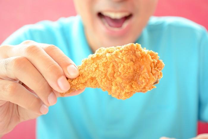 Ada 3 cara makan fried chicken anda tim yang mana for Ada s fish fry