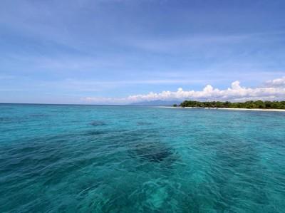 Celebrity on Vacation: Main ke Pulau Eksotis Tak Berpenghuni di Banyuwangi