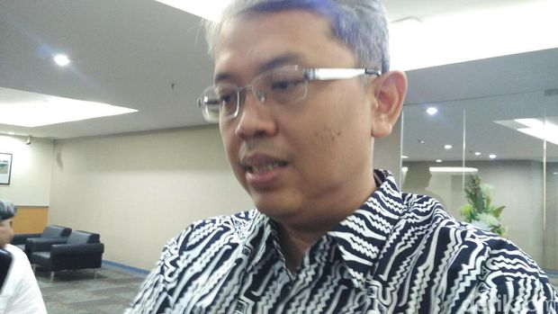 Wakil Ketua DPRD DKI Triwisaksana (Sani)
