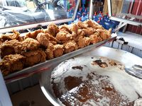 Bisa Beli Franchise 5 Merek Fried Chicken Lokal yang Populer Ini