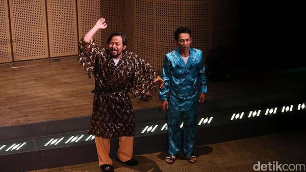 Teater Koma Pentaskan Warisan Singgung Korupsi dan Utang