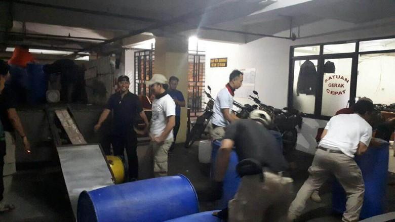 Pabrik Miras Oplosan Tiner di Ciracas Beroperasi 2 Tahun