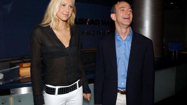 Kisah Inspiratif Pria Broken Home yang Menaklukkan Bill Gates