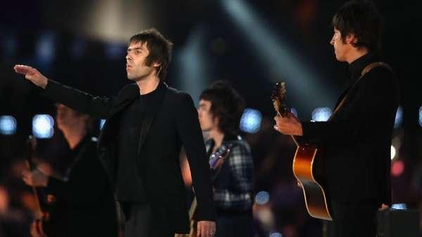Hufh! Nyanyi Bareng Liam Gallagher Ditunda Sampai Tahun Depan