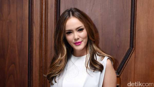 Independent Women! Cathy Sharon Geluti Bisnis Kosmetik