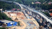 Untuk rincian masing-masing stasiun layang MRT Jakarta yang pembangunannya sudah mencapai 62,42%, antara lain Depo Lebak Bulus 55,05%, Stasiun Fatmawati, Cipete Raya 69,42%, dan Stasiun Haji Nawi-Blok A-Blok M-Sisingamangaraja 66,26%.