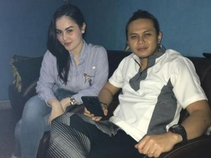 Jennifer Dunn-Haris Sudah Nikah Siri, Mobil Dewi Persik Masuk Jalur Busway