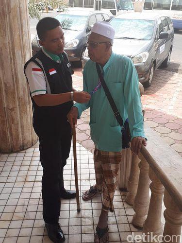 Saat Jemaah Malaysia Bingung dan Nyasar ke Kantor Haji Indonesia