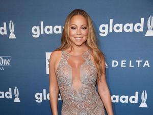 Foto: 10 Penampilan Memikat Mariah Carey dengan Gaun Pesta