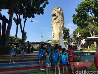 Untuk Asia, Singapura menjadi pilihan populer ke empat bagi solo traveler perempuan. Tidak diragukan lagi bagaimana negara ini sangat rapi dan idaman semua orang yang suka city tour. (Muhammad Idris/detikFinance)