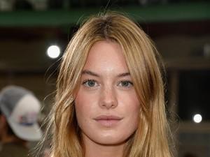 Ini Camille Rowe, Model Victorias Secret Gebetan Baru Harry Styles