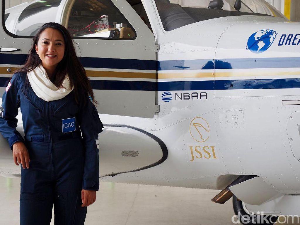 Pilot Cantik Afghanistan