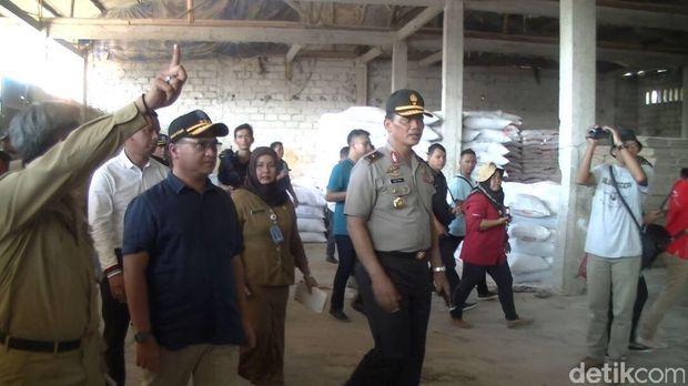 Gubernur dan Kapolda Babel datangi lokasi penggerebekan.