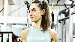 Body building adalah aktivitas di mana seseorang berusaha membentuk tubuh lewat latihan intensif. Meski umum dilakukan pria, ada juga wanita yang melakukannya.