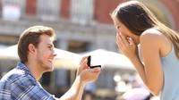 Romantis, Pesepakbola Ini Lamar Kekasih Usai Kemenangannya di Olimpiade Tokyo