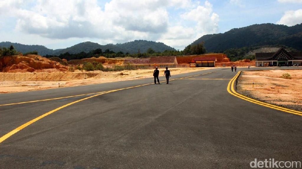 Runway Bandara Anambas Diperpanjang Jadi 1,6 Km di 2021