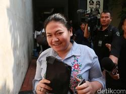 Kok Masih Ada Orang Ketipu Masuk CPNS kayak Kasus yang Jerat Anak Nia Daniaty?