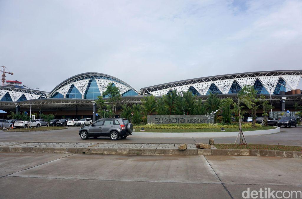 Bandara Supadio, Pontianak menempati peringkat 1 dunia untuk kategori pada survei Airport Service Quality (ASQ) Quarter II/2017 oleh Airport Council International (ACI).