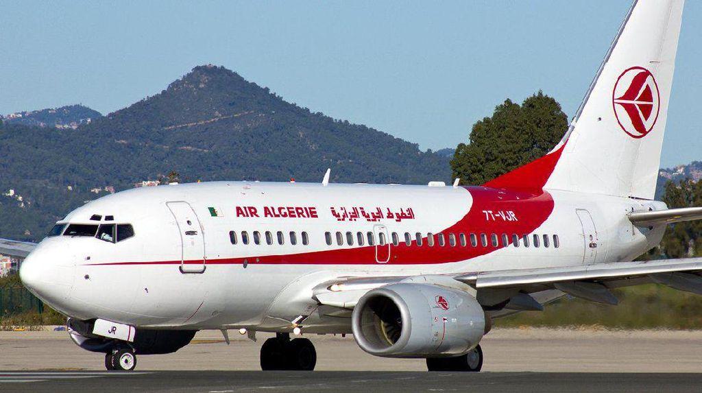 Pilot Aljazair Dihukum Karena Izinkan Bocah 10 Tahun Kemudikan Pesawat