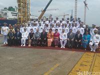 Menhan Resmikan KRI Nagapasa-403 Jadi Kapal Perang Indonesia