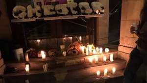 Aksi Panggung Enerjik Chester Bennington