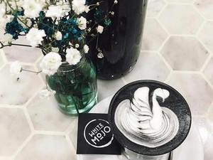 Kegemaran Minum Black Latte yang Unik Kini Sampai Melbourne