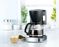 Alat pembuat kopi praktis.