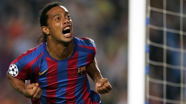 Mantan bintang Barcelona Ronaldonho pernah akting di film Kikcboxer: Retaliation.