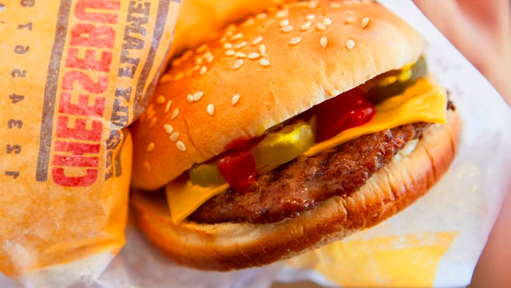 Fast Food Jadi Menu yang Disuguhkan Donald Trump untuk Para Tim Sepakbola