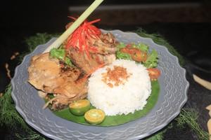 Jajan Pasar hingga Rawon Dihadirkan Selama Sebulan di <i>Food and Art Festival</i>