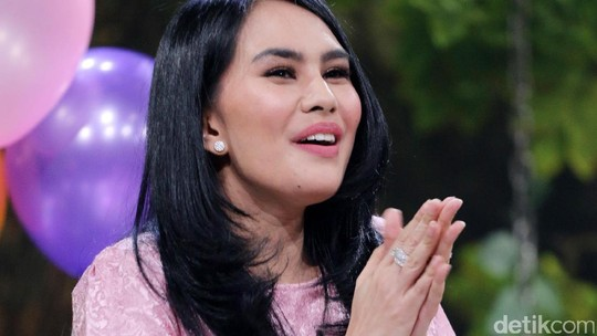 Kartika Putri Dibilang Mirip Ayu Ting Ting, Setuju?