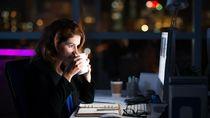 Sering Kerja Lebih dari 10 Jam Sehari? Awas Risiko Stroke Meningkat