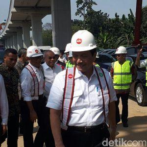 Luhut: Proyek LRT Hemat Rp 300 M karena Pakai Produk Lokal