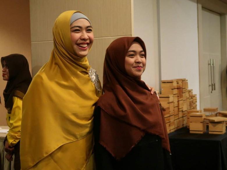 8500 Koleksi Gambar Rumah Oki Setiana Dewi HD Terbaru