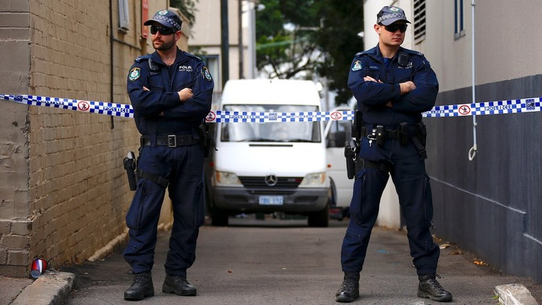 Tersangka Teror Australia Selundupkan Bom ke dalam Tas Saudaranya