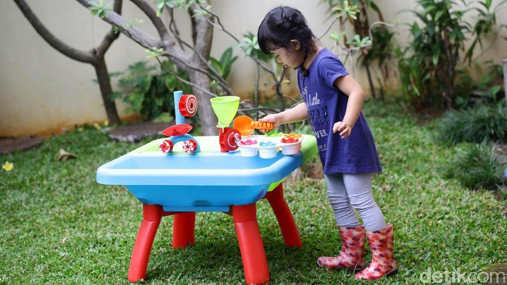 Perlukah Balita Punya Banyak Mainan?