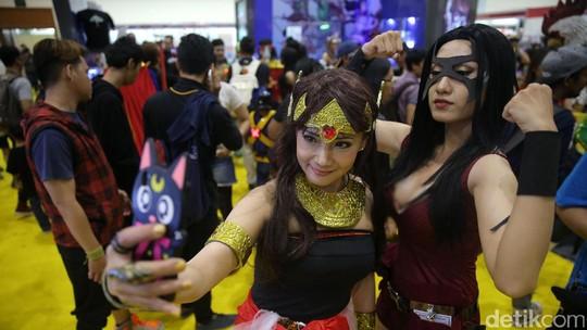 Dewi Sandra Ngelamun Aja, Manisnya Senyum Chelsea Islan