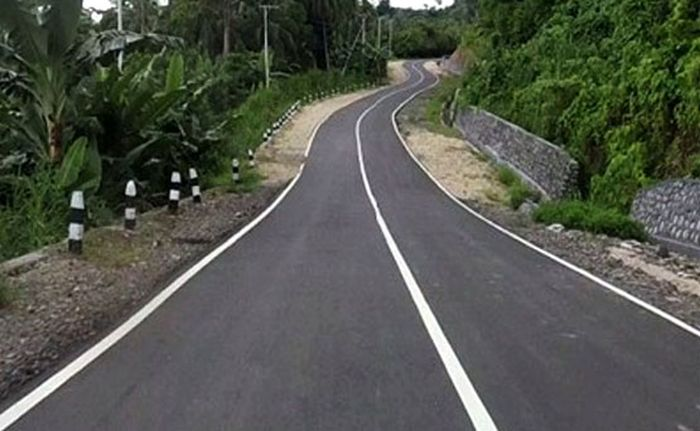 Begini penampakan mulusnya Jalan Trans Papua bagian barat. (Kementerian PUPR).