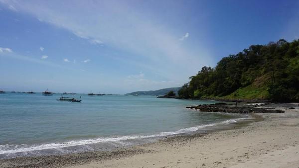 Pulau Kunti terletak di kawasan Geopark Ciletuh. Butuh waktu sekitar 8 jam apabila melakukan perjalanan dari Bandung (Mukhlis/detikTravel)