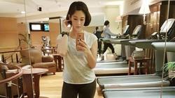 Tak hanya selebritis mancanegara, selebritis tanah air pun juga menerapkan gaya hidup sehat. Terlihat dari unggahan foto-foto mereka di media sosial.