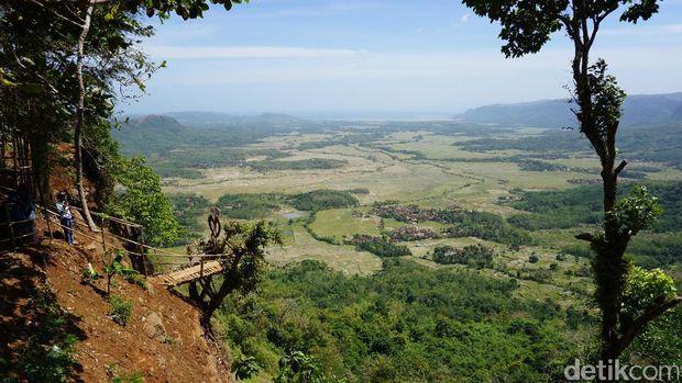 Bukit ini masuk dalam kawasan Geopark Ciletuh (Mukhlis/detikTravel)