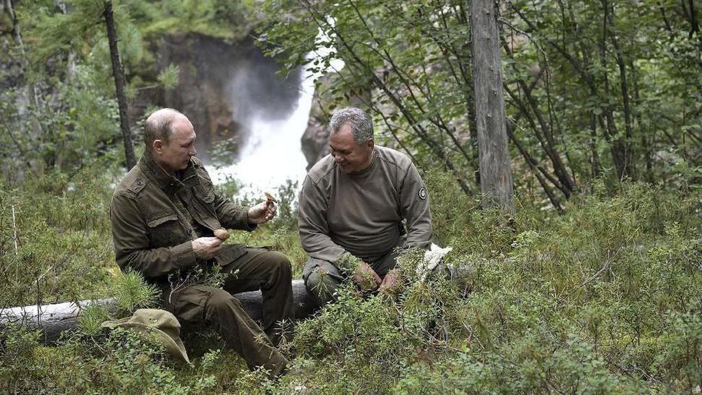Beginilah Liburannya Presiden Putin