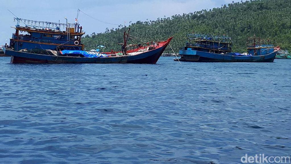 Potensi Perikanan Natuna di Tengah Bayang-bayang Kapal Perang China