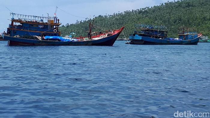 Direktorat Pengawasan Sumber Daya Kelautan dan Perikanan (PSDKP) menangkap 29 kapal pencuri ikan di wilayah perairan Natuna sepanjang 2017.